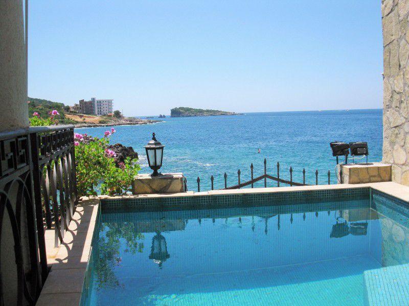 Дом в черногории у моря недорого цены снять апартаменты в финляндии