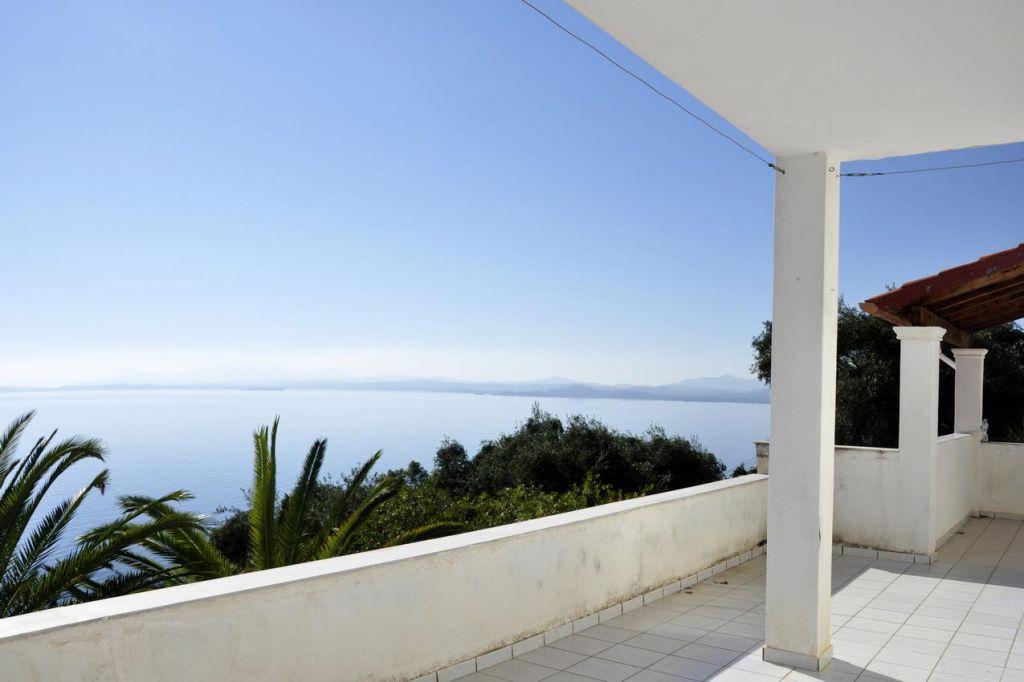 Недвижимость на корфу купить квартира в болгарии у моря купить